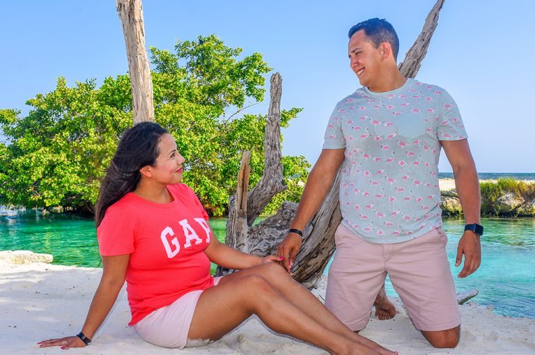 Share Cancun - Servicios - Zoom Photoshop   Pareja Playa