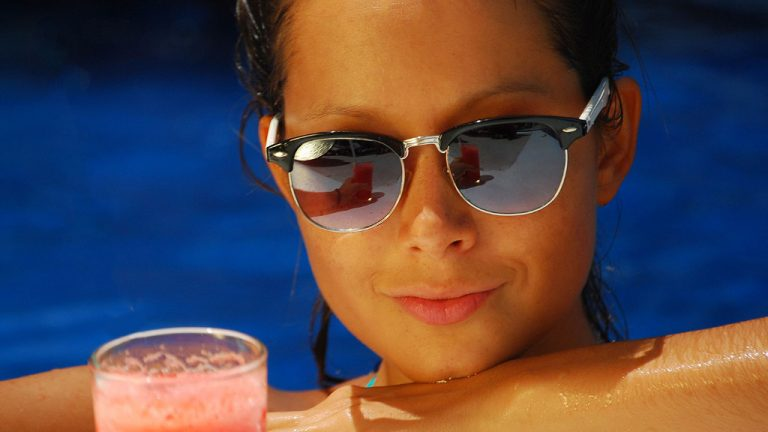 Share Cancun - Hoteles - Laguna Suites | Bebidas En Alberca