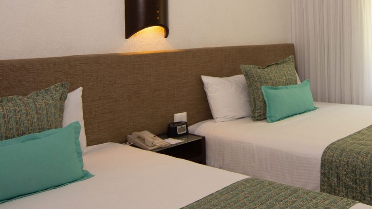 Share Cancun - Hoteles - Laguna Suites | Interior Habitación