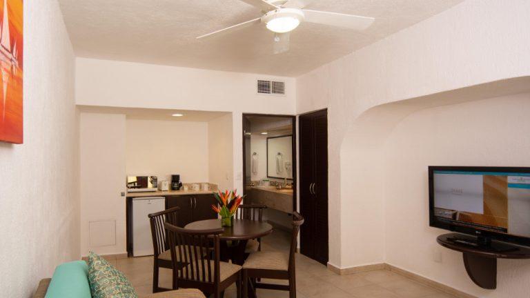 Share Cancun - Hoteles - Laguna Suites | Habitación Interior