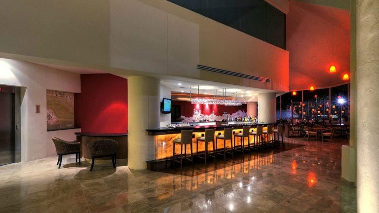 Share Cancun - Hoteles - Ocean Spa Hotel | Lobby Bar En Hotel