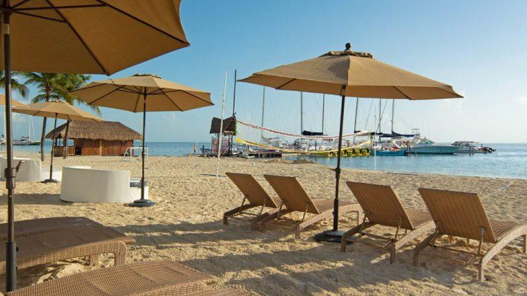 Share Cancun - Hoteles - Ocean Spa Hotel | Camastros