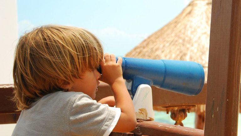 Share Cancun - Hoteles - Sunset Marina Resort & Yacht Club   Niño Jugando