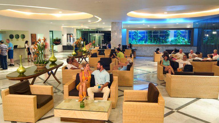 Share Cancun - Hoteles - Sunset Royal Beach Resort | Lobby