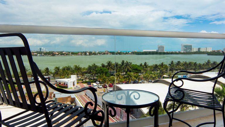 Share Cancun - Hoteles - Sunset Royal Beach Resort | Vista Desde Habitacion