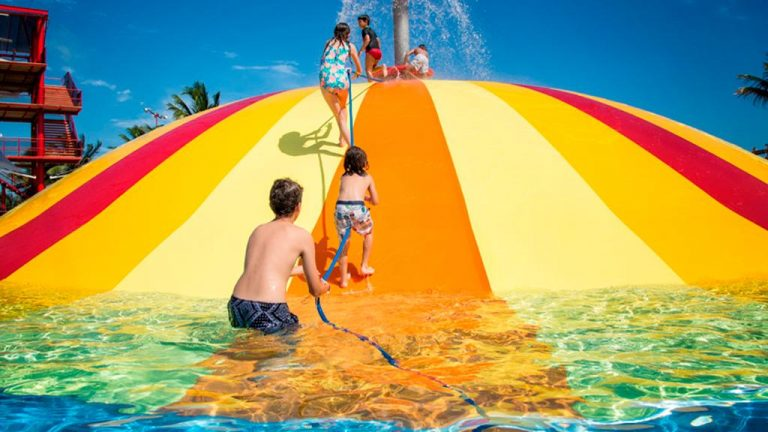 Share Cancun - Servicios - Sunrise Travel | Ventura Park Niños