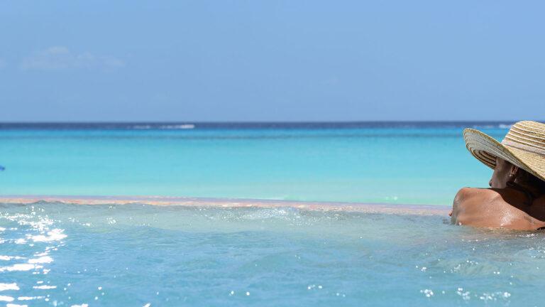 Galeria-Sunset-Fishermen-Beach-Resorts-Alberca-Vista-Playa
