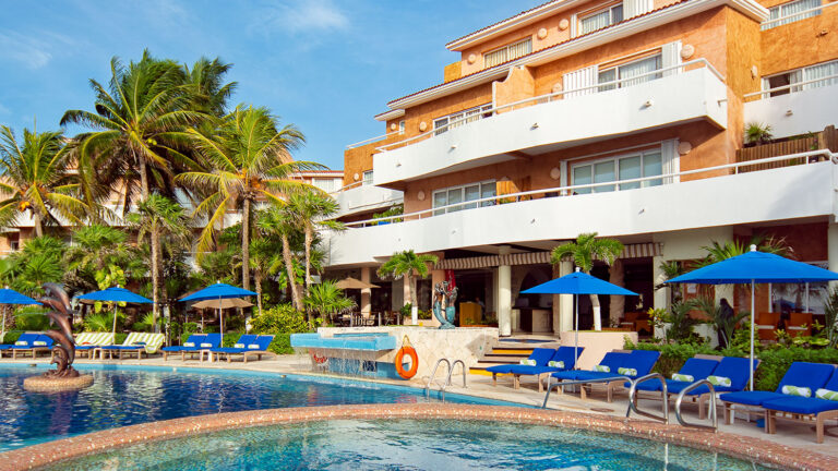 Galeria-Sunset-Fishermen-Beach-Resorts-Camastros-Hotel