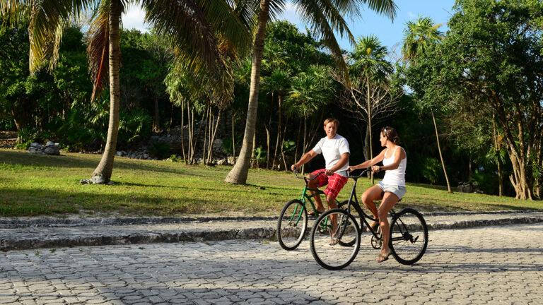 Galeria-Sunset-Fishermen-Beach-Resorts-Paseo-Bicicletas